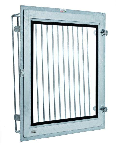 finestra-con-apertura-laterale-ribaltabile