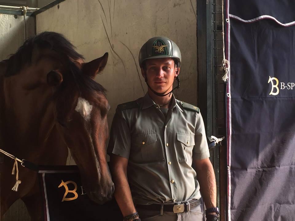 Filippo Codecasa per B-Sporthorses: vendita attrezzature e accessori per il cavallo e il cavaliere