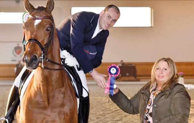 Stefano Mantica per B-Sporthorses: vendita attrezzature e accessori per il cavallo e il cavaliere